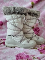 Used Timberland boots size 39.5 in Dubai, UAE