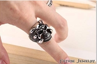 Used Glowing skull Ring in Dubai, UAE