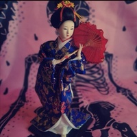 Used Vintage Geisha Figurine in Dubai, UAE