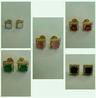 Used 5 Earings Zircon Gold Plated In 1 Delive in Dubai, UAE