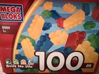 Used Kids Mega blocks 100pcs in Dubai, UAE