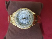 Used Quartez watch for girls  gold color in Dubai, UAE