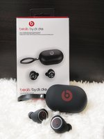 Used BEAT NEW BOX BY DR DRE EARPHONES. in Dubai, UAE