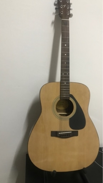 Used Original yamaha f310 acoustic guitar in Dubai, UAE