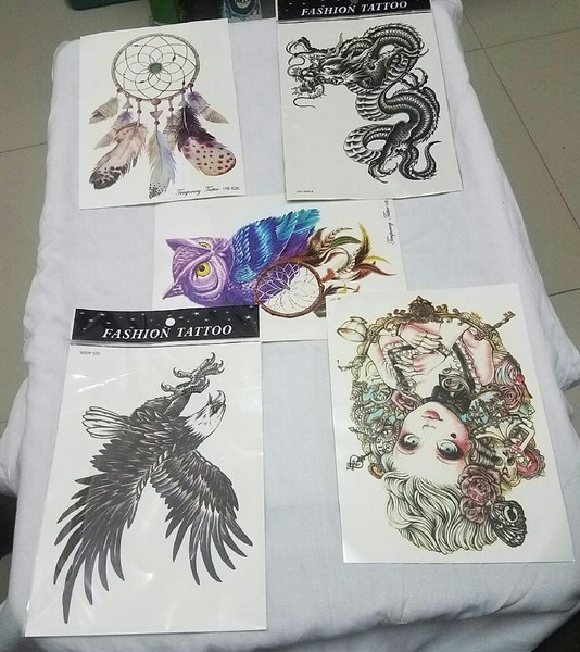 Used 3D temproral tattoo sticker A style 5pcs in Dubai, UAE