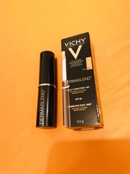 Used Vichy stick corrector, shade Sand 35 new in Dubai, UAE