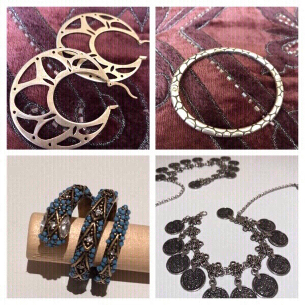 Used Bangle & anklets & rings & necklace in Dubai, UAE