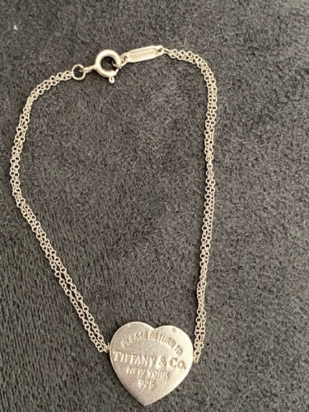 Used Tiffany & Co Heart Tag Bracelet in Dubai, UAE