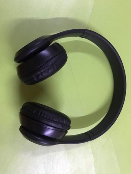 Used Wireless P47 headset with controller pad in Dubai, UAE