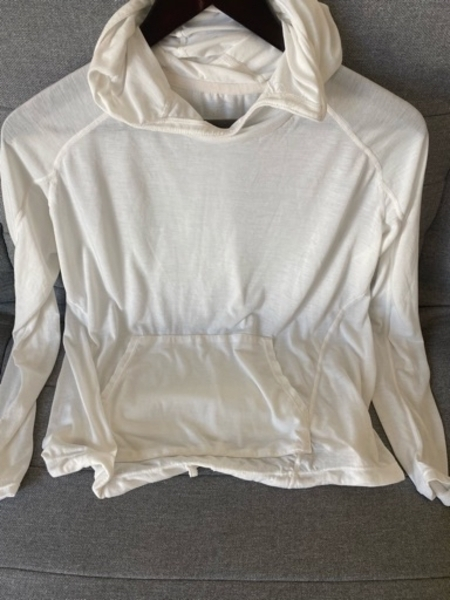 Used HM sporty top new size S in Dubai, UAE