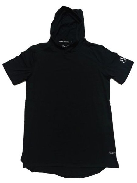 Used Under Armour tee-shirt with hoodie in Dubai, UAE