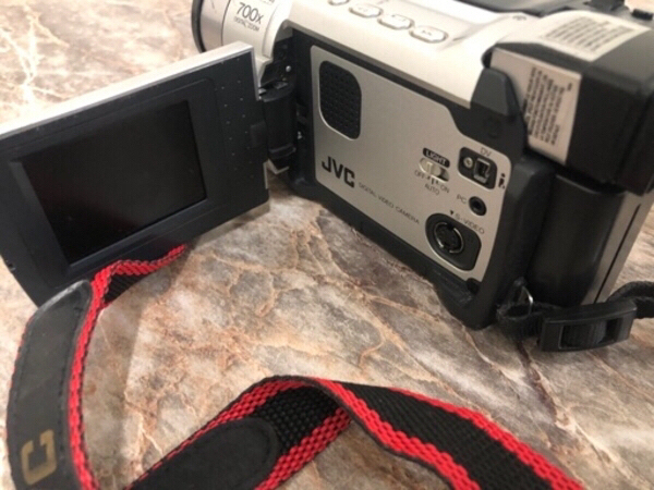 Used JVC super High brand camera in Dubai, UAE