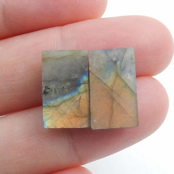 Used Tiny Labradorite Cabochon 1pc in Dubai, UAE