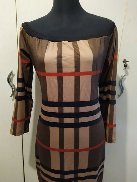 Used Burberry inspired long sleeves dress xxl in Dubai, UAE