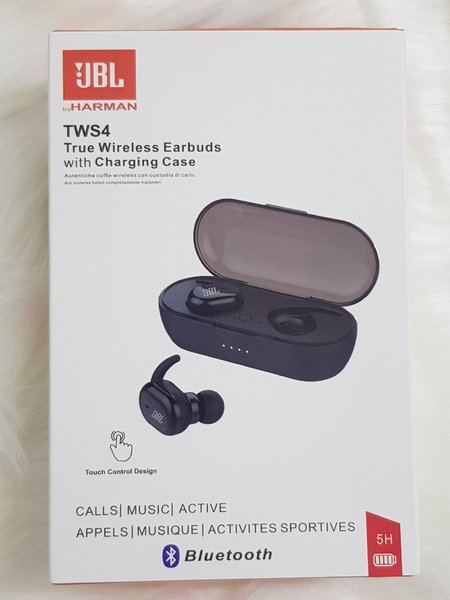 Used JBL EARBUDS HIGH QUALITY NEW💯☑️☑️ in Dubai, UAE