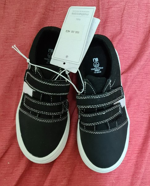 Used Mother care velcro shoes in Dubai, UAE