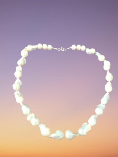 Used Mother of pearl  silver necklace 2 in Dubai, UAE