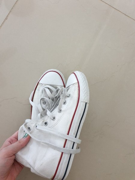 Used Converse All Star white high tops in Dubai, UAE