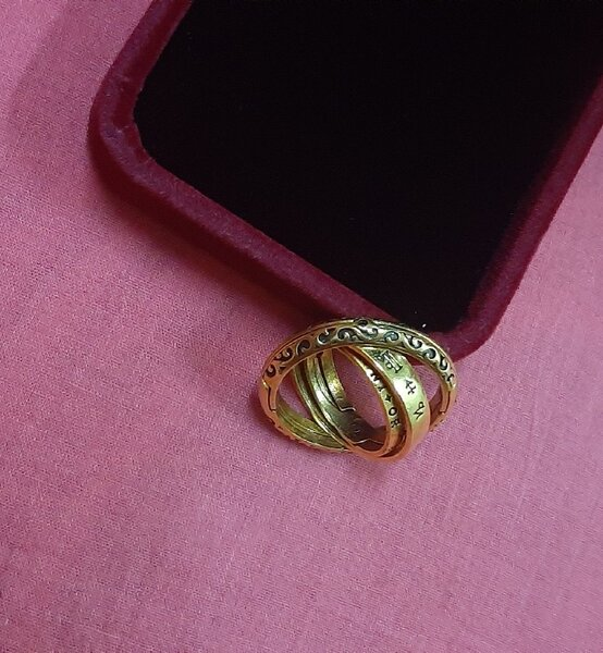 Used Universe and Love ring 1 pc ! in Dubai, UAE
