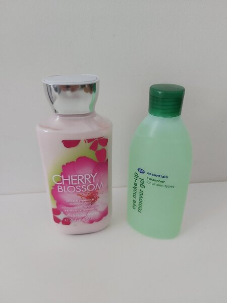 Used Both new lotion and eye makeup remover in Dubai, UAE