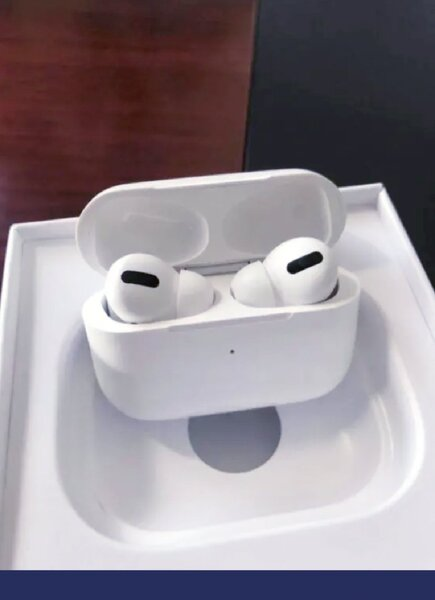 Used Airpods Pro SuperQuality Clone 💥💥💥💥 in Dubai, UAE