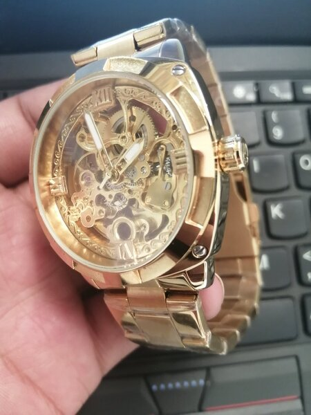 Used Automatic Watch--ساعة أوتوماتيكية-- in Dubai, UAE