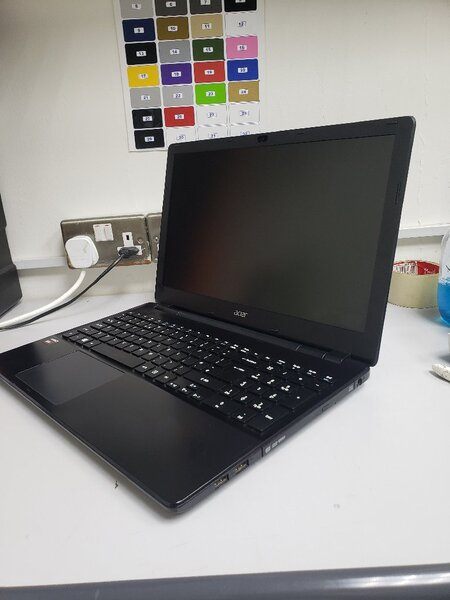 Used Acer aspire slim 7th Generation 8gb 500g in Dubai, UAE