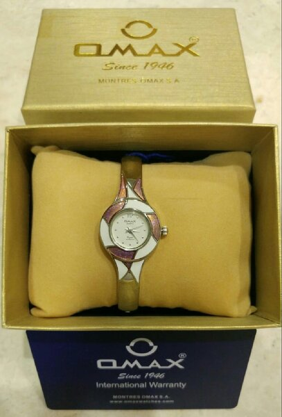 Used For Her -- Omax Original Bangles Watch in Dubai, UAE