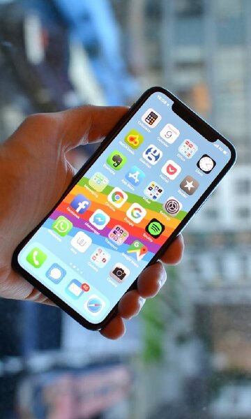 Used iPhone X with Box New 2500 in Dubai, UAE