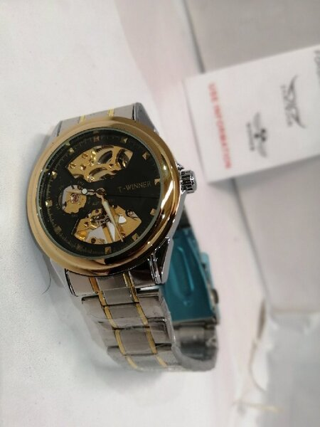 Used Automatic watch 'ساعة أوتوماتيكية in Dubai, UAE