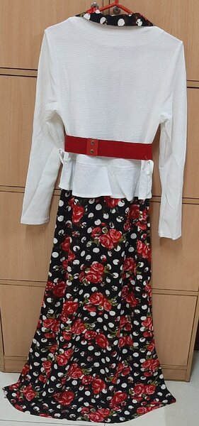 Used Fitting dress for your lady ! in Dubai, UAE