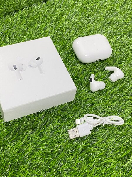 Used WHITE AIR3 PRO NEW MODEL ISO ANDROID in Dubai, UAE