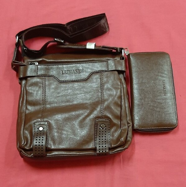 Used Waterproof business bag ! in Dubai, UAE