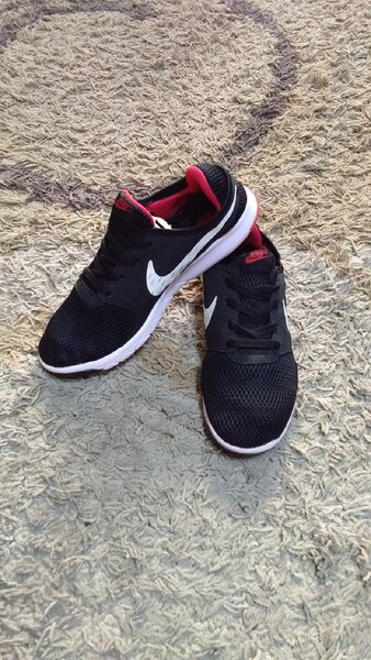 Used Nike shoes size 43 new in Dubai, UAE