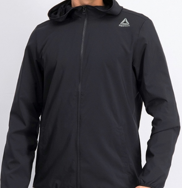 Used REEBOK jacket with Hoodie Size S /new in Dubai, UAE