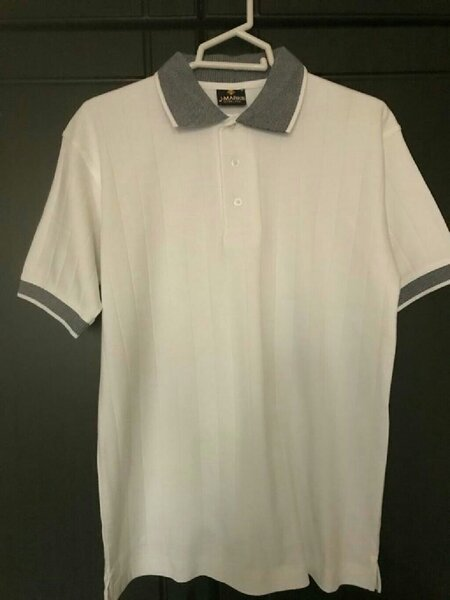 Used Men's polo shirt size M 100% cotton in Dubai, UAE