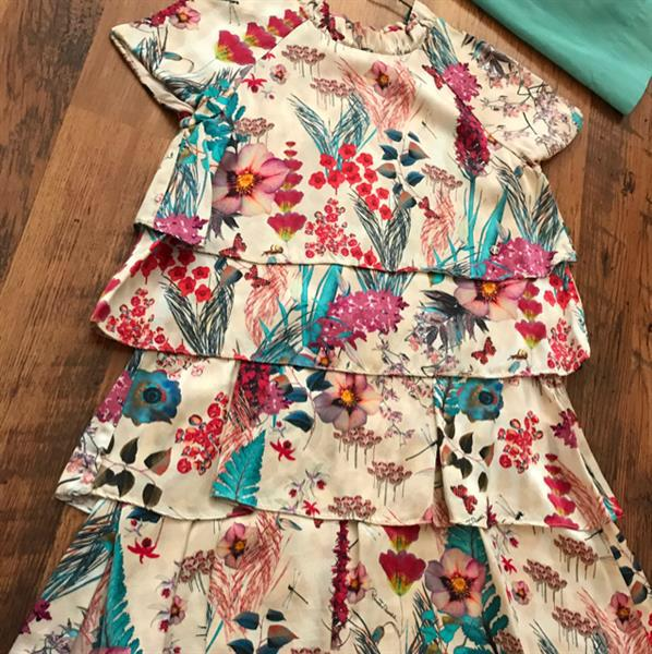 Used Roberto Cavalli Authentic Girls Dress , Used in very good Condition, Size 8 in Dubai, UAE