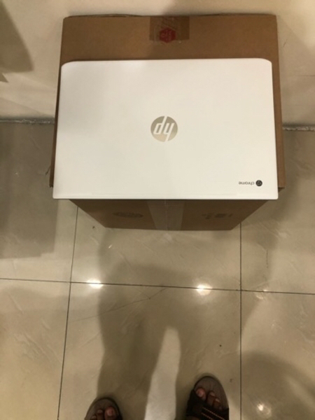 Used HP Chromebook 15 i3 , 4GB , 128GB SSD in Dubai, UAE