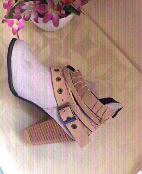 Used NEW Boots KHAKI Size 35 in Dubai, UAE