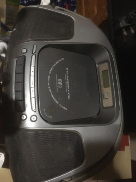 Used CD/ cassette player good conditions in Dubai, UAE