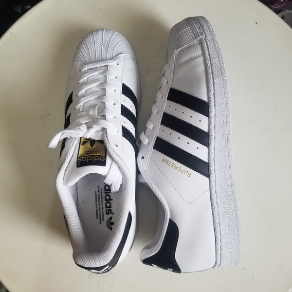 Used Addidas Super Star shoe in Dubai, UAE
