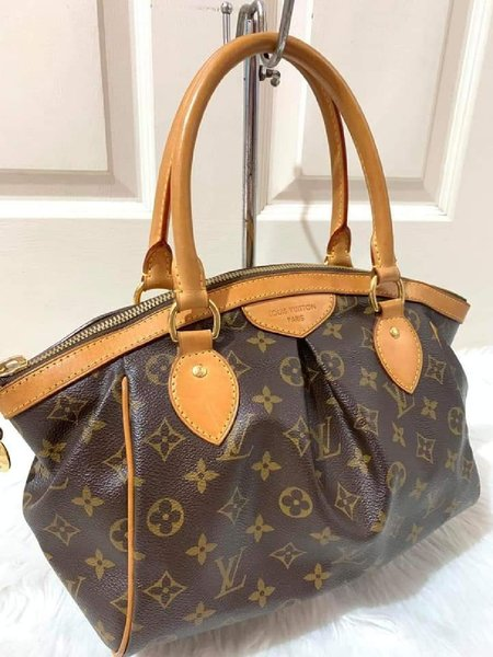 Used LV Tivoli Pm in Dubai, UAE