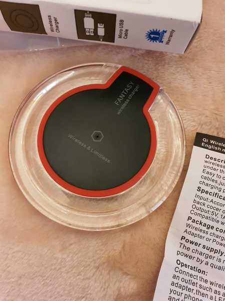 Used Wireless charger🧚🧚♀️🧚♂️ in Dubai, UAE