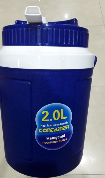 Used Countainer for water and juice .2L in Dubai, UAE