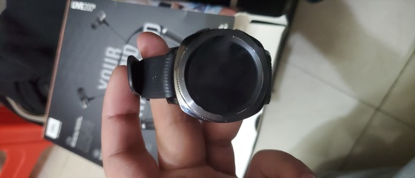 Used Samsung Gear Sport smartwatch:  CHEAP!!! in Dubai, UAE