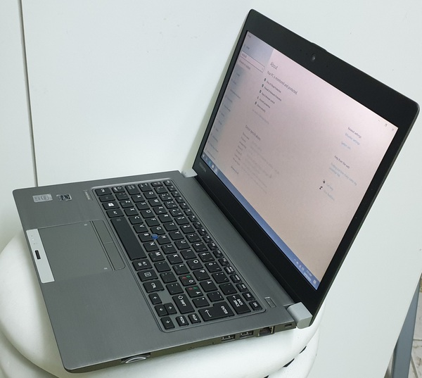 Used Toshiba portege ultrabook ,i7 4th gen in Dubai, UAE
