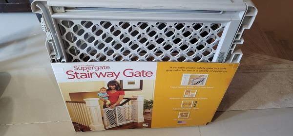 Used Child Safety Door - brand new - not used in Dubai, UAE