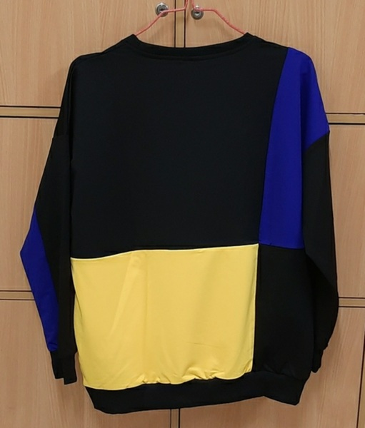 Used Sweat Shirt for him, XL !!! in Dubai, UAE