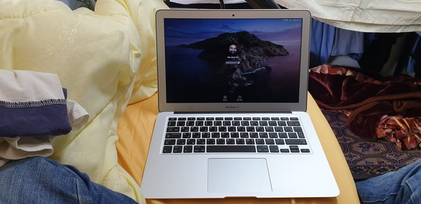 Used Macbook Air 2015 in Dubai, UAE