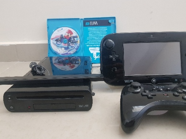 Used NINTENDO WII U  With one controller in Dubai, UAE